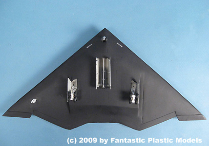 B-3 Bomber - Fantastic Plastic - Catalog Photo 2