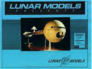 2001: A Space Odyssey - Discovery One - Lunar Models - Box Art