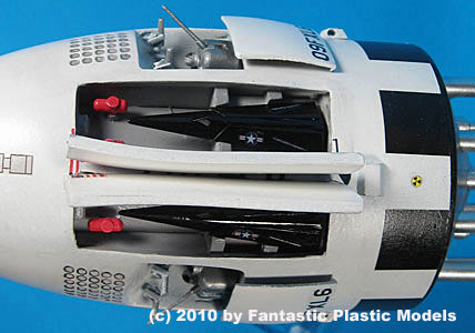 Project Orion Battleship - Fantastic Plastic - Catalog Photo 2