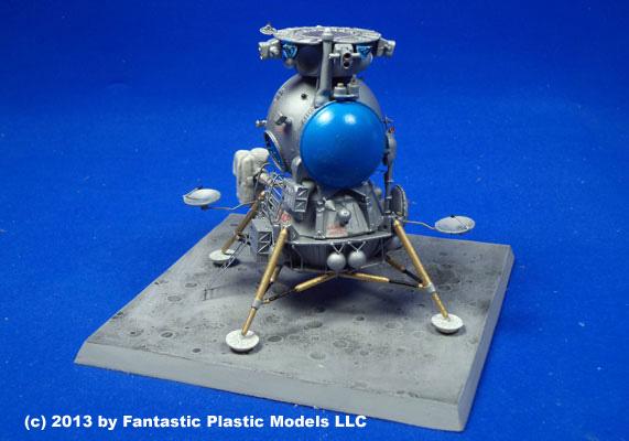 Soviet LK Lander by Fantastic Plastic Models