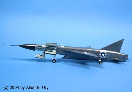 Ouvre boîte Republic XF-103 Thunderwarrior [Anigrand 1/72] XF-103PortSide